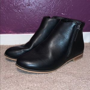 Cat & Jack black boots
